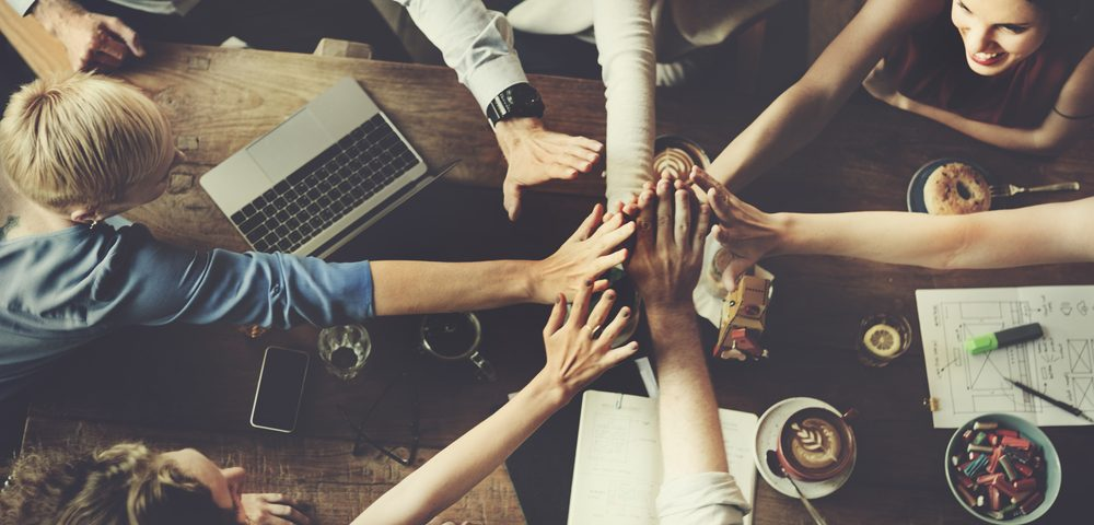 Newsroom Vier Verhaltensweisen erfolgreicher digitaler Unternehmen FROX AG
