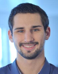 Aleksandar Radovic Software Consultant FROX AG